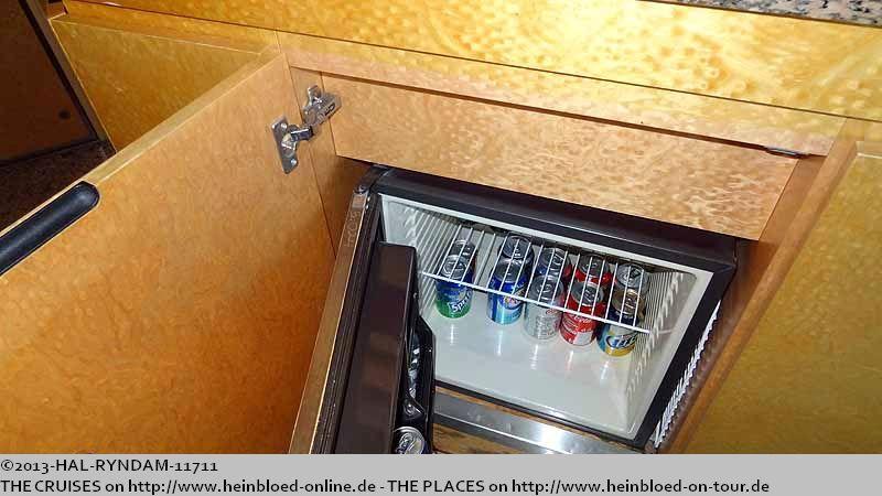 heinbloed 39 s holland america blog 2008 2019 tag day 1 4 auf der on ryndam in pir us piraeus greece. Black Bedroom Furniture Sets. Home Design Ideas
